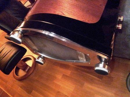 TMM Loudspeaker. Stainless steel base. Design: Ø.Overn / W.Sand Built by: Øyvind Overn