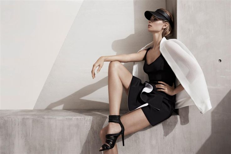 Sporty Visor by Witchery  Available at AUDTT.com.au #buyme #shopmywardrobe #forsale #designer #consignment