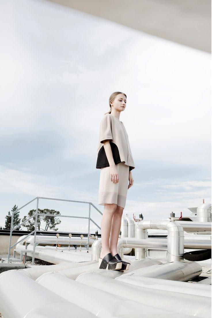 Aroma30 skirt, Photo Davide Costanza, Styling Federico Barrazzo