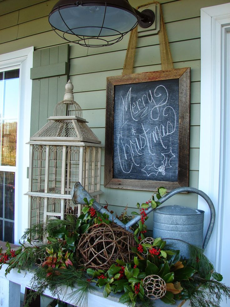 Inspired by the chalkboard hung around the light fixture.  Cobblestone Farms: Merry CHRISTmas!