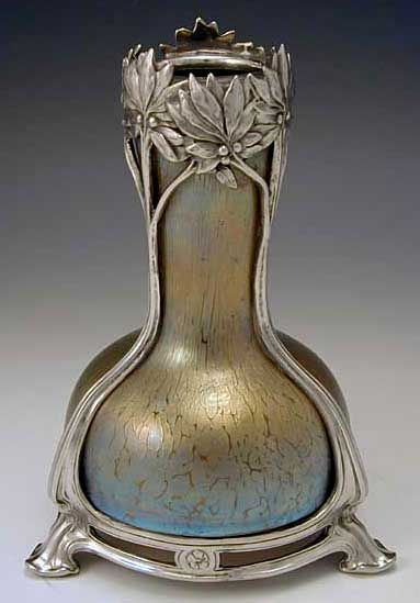 Loetz irridescent glass vase with polished pewter Art Nouveau mount, 1905, Austria