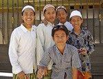 Дети отваги - сайт с историями о детях из разных стран. Полезно для миссионерских уроков, а также когда учим детей молиться за другие народы и страны.