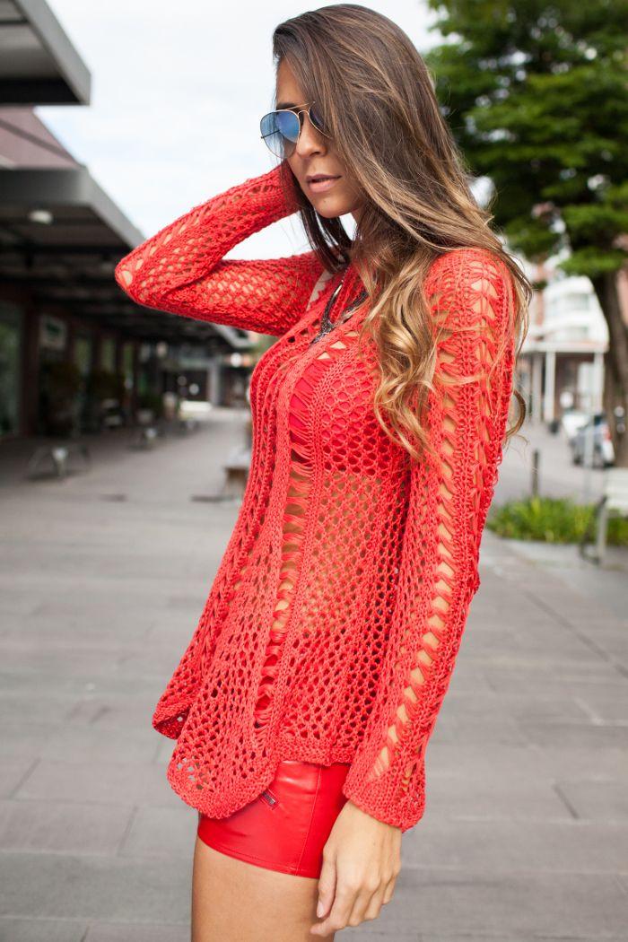 Dentre as lojas que eu mais gosto em Serra Negra está a Benes Malhas, com peças lindíssimas em tricot para venda no varejo e atacado. #benes #blogdemoda #croppeddetricot