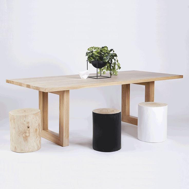 This black coloured solid timber wooden log stool is made from Australian Blackbutt and can be used as a side table, bedside table or as a decorative piece throughout your home.