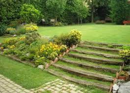 remate escaleras de jardin con traviesas de tren - Buscar con Google