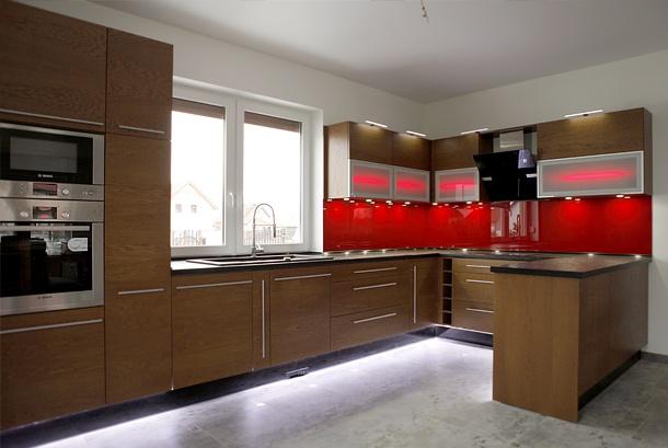 Kuchnia nowoczesna drewniana