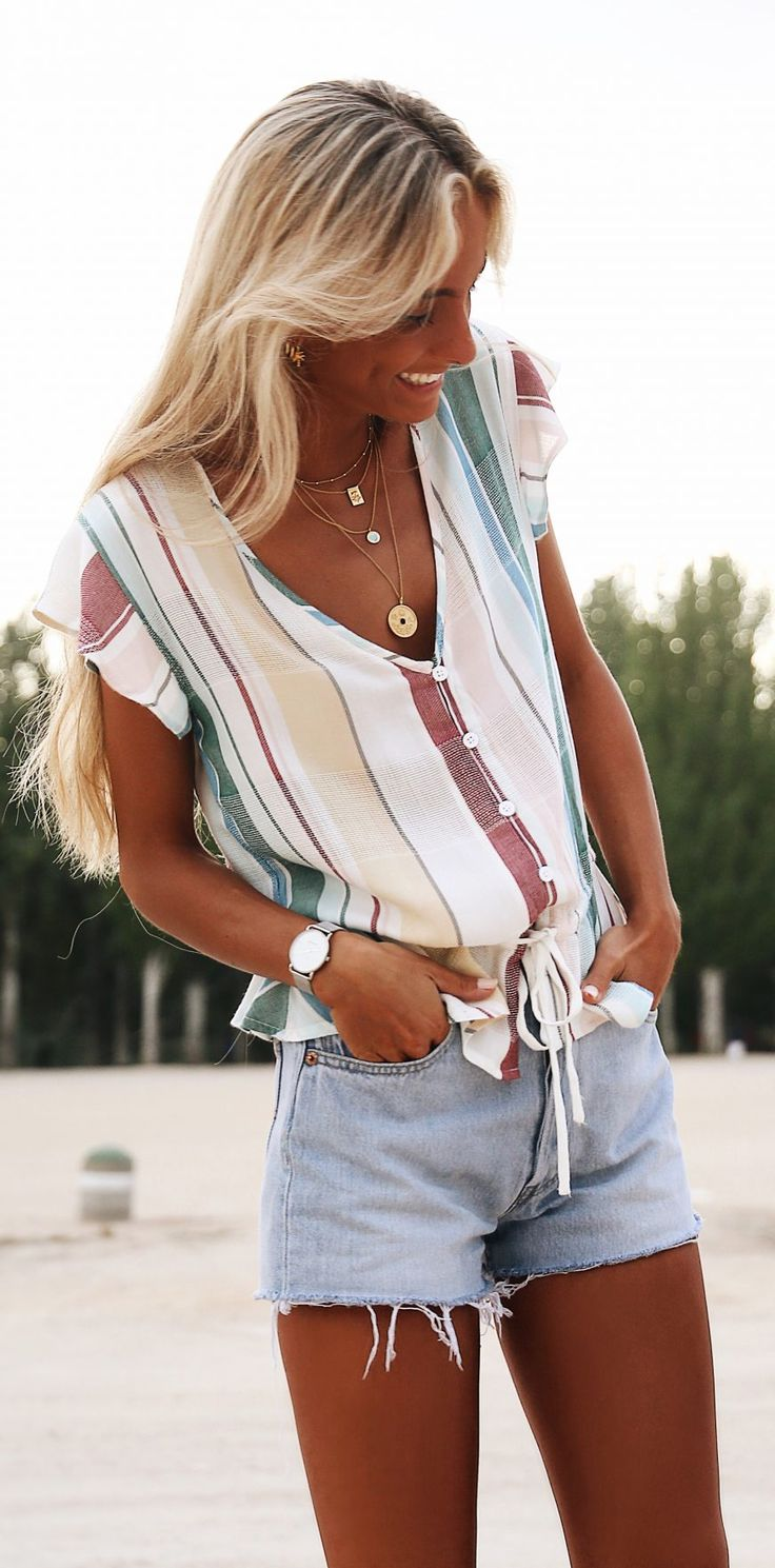 #summer #outfit / Short Sleeve Knot Front Blouse + Denim Short