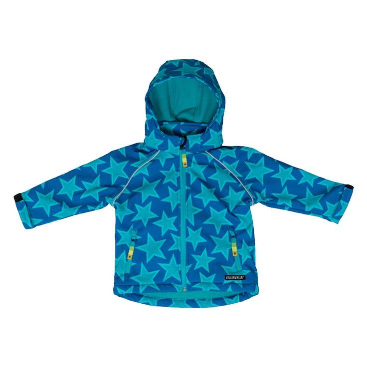 Villervalla-takki, 35 €. Tähtikuosinen vedenkestävä softshell-takki fleecevuorella. Kolme väriä. Koot: 86–140 cm. Norm. 56,95–59,95 €.  SKIDI-LASTENVAATTEET, 3. KRS