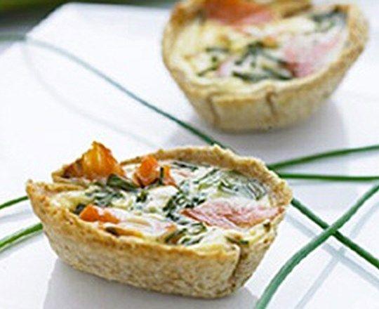 Salmon and Chive Breakfast Pies | PHILADELPHIA #recipes #fishrecipes
