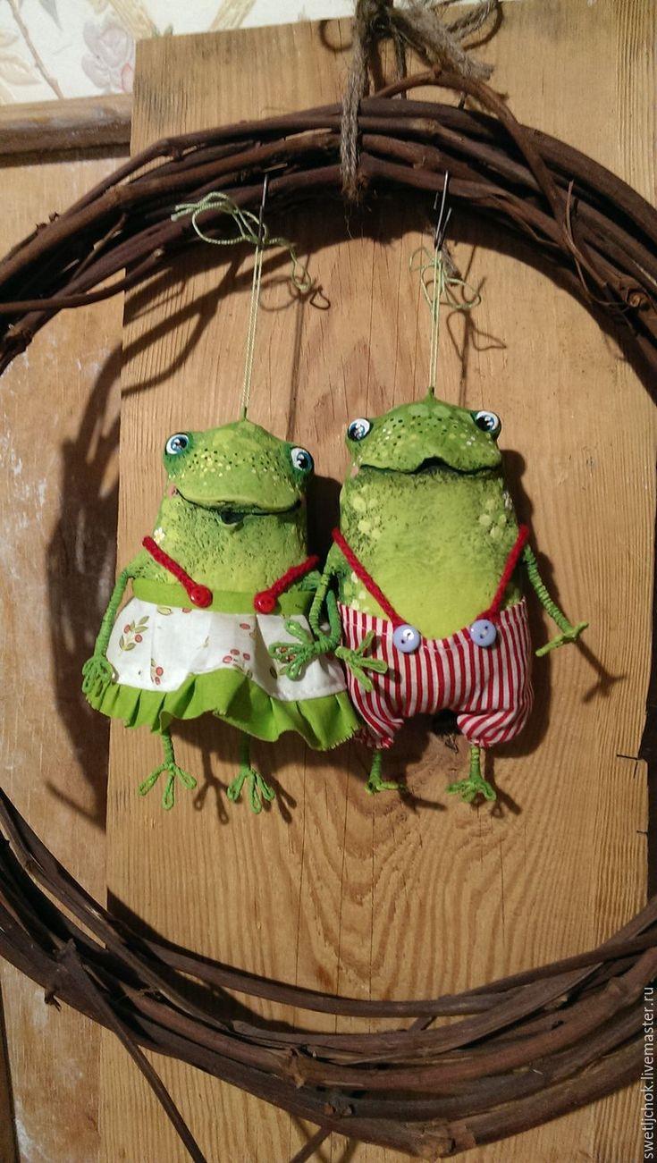 Купить Жабульские на даче - зеленый, лягушка, жаба, лягушата, веселое настроение, позитивный подарок