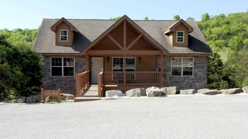 Ozarks Getaway Ruth C Township (Missouri) Situated 11 km from Branson and 49 km from Eureka Springs, Ozarks Getaway offers accommodation in Marvel Cave. Guests benefit from free WiFi and private parking available on site.