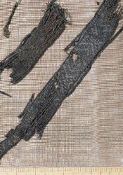 Tablet weaving from Birka, Bj 861 (Historiska museet)
