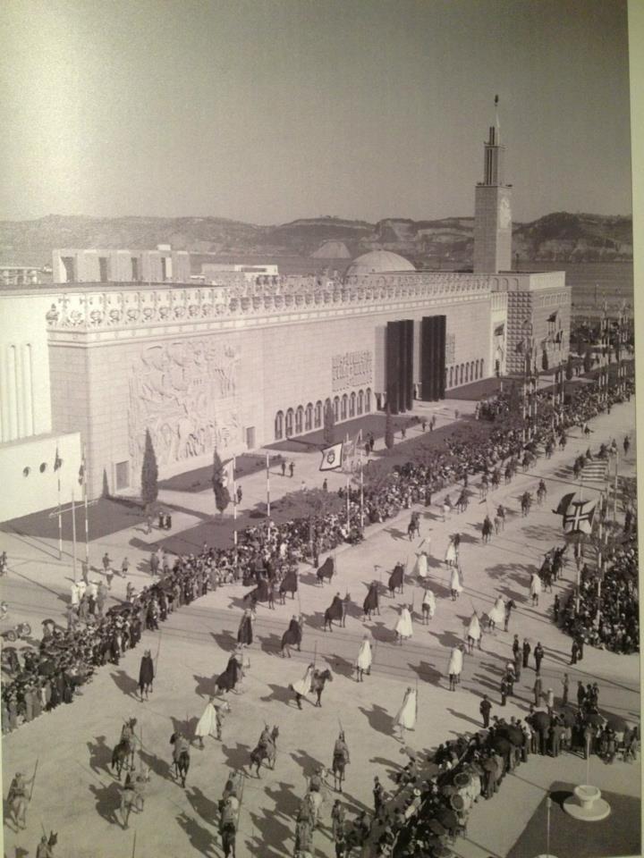 Desfile, 1940