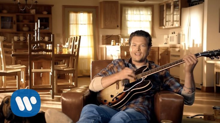 Blake Shelton - Honey Bee (Official Video) (+playlist)  THIS IS WHAT GOOD COUNTRY MUSIC IS!!!