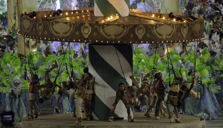 The First Night of the Rio Carnival was full of Sensuality / Primera noche del Carnaval de Río fue un derroche de sensualidad. #Brazil #Rio #Carnaval #dance #southamerica #peru