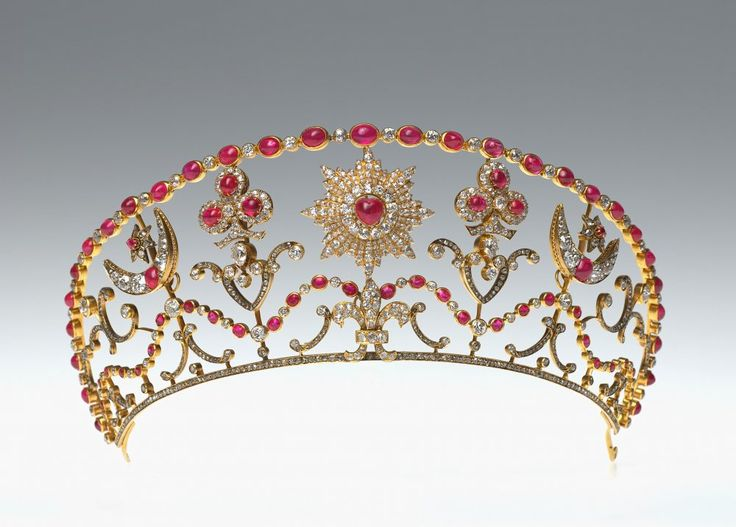 Milford Haven Tiara, United Kingdom (1890; made by Bolin; rubies, diamonds, gold). Made for Grand Duchess Sophie, wife of Grand Duke Michael Mikhailovich. Inherited by Nadejda Mountbatten, Marchioness of Milford Haven.