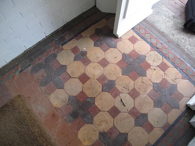 Entryway tile floor.