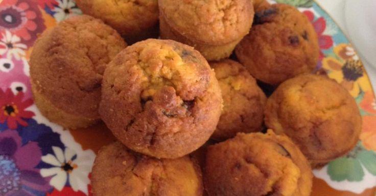 Mini Carrot + Raisin Muffins - Sugar Free / Dairy Free / Diabetic Friendly