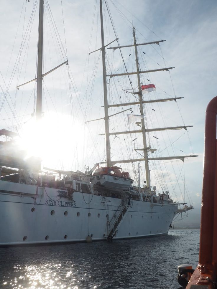 On a sailing cruise in Indonesia with the Star clipper