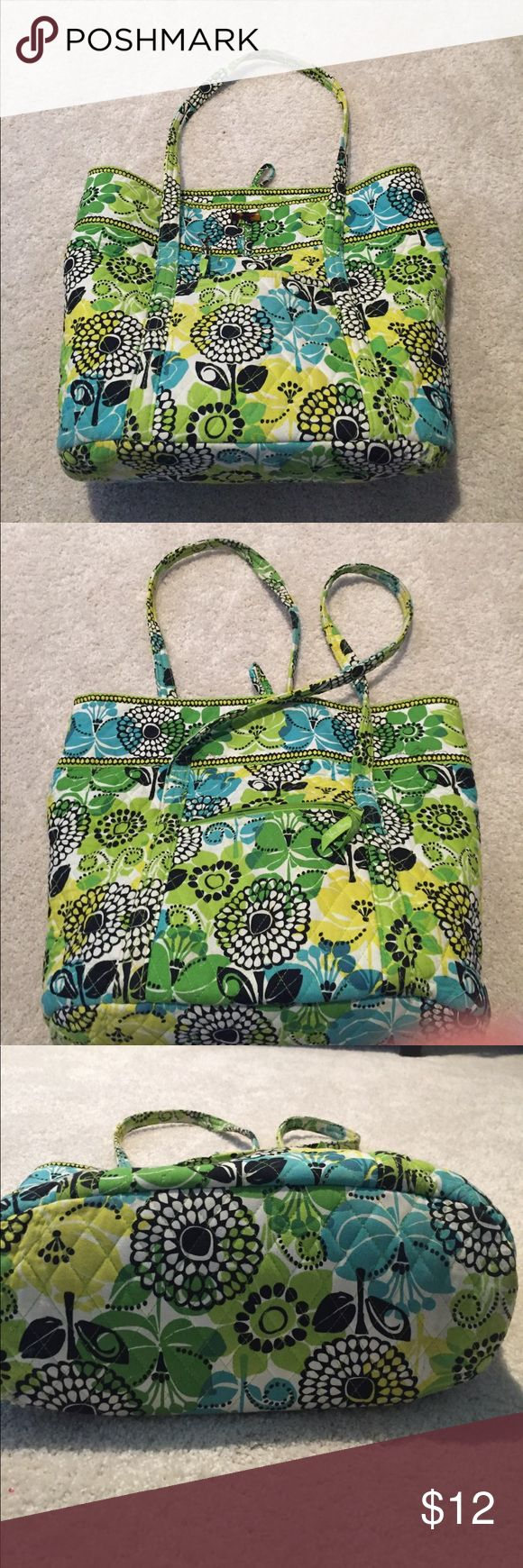 Vera Bradley Tote Bag Used - tear in seam on side but could probably be repairs . Retired pattern Vera Bradley Bags