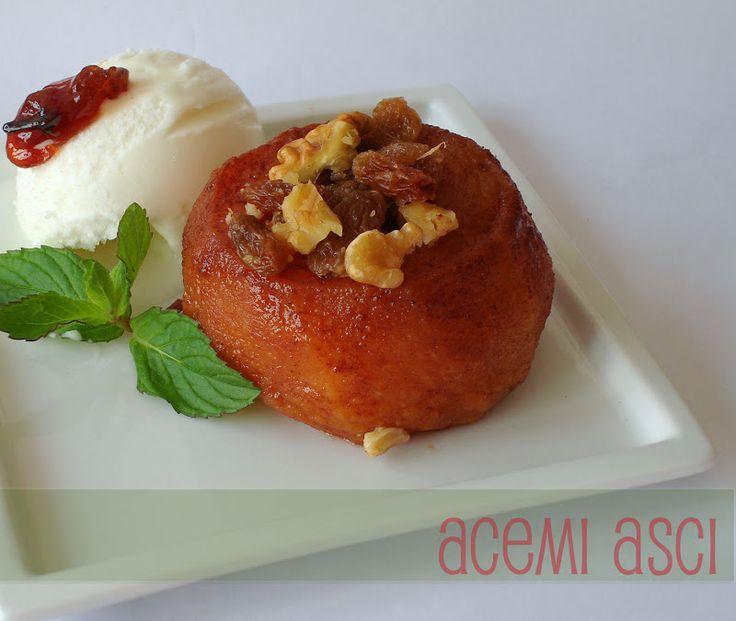 acemi aşçı: Vanilya Soslu Karamelize Elma Tatlısı-Romlu