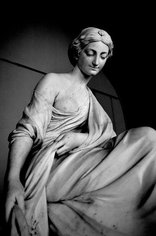 """""""У статуи нет языка — он ей и не нужен."""" Ральф Уолдо Эмерсон Они… - История искусств"""