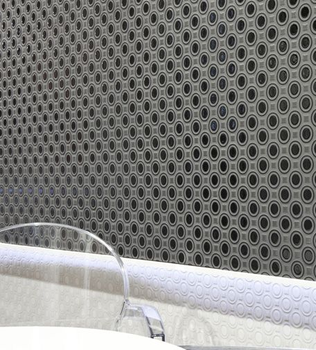 Céragrès - MOSAIKER --backsplash?? But in the silver energy triangles not this black one