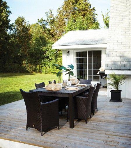 Spacious Outdoor Eating Area | photo Angus Fergusson | House & Home