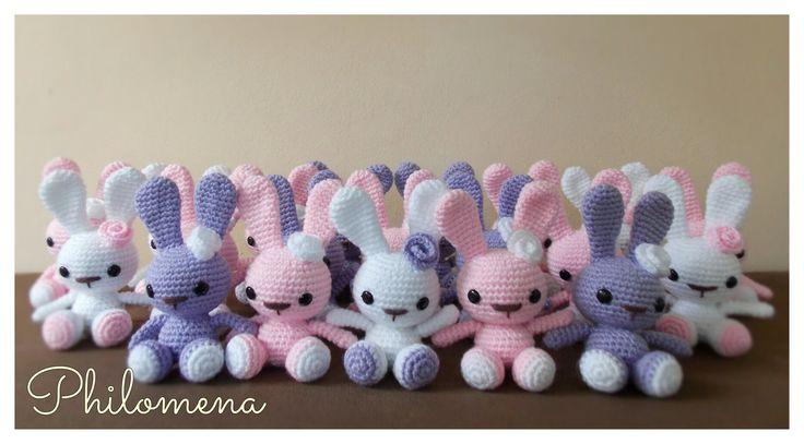 Conejitos souvenirs by Philomena