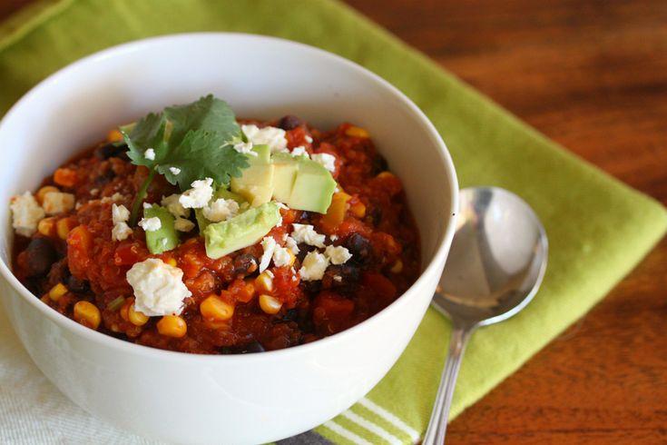 Black Bean & Quinoa Chili http://tenina.com/2013/07/black-bean-quinoa-chili/