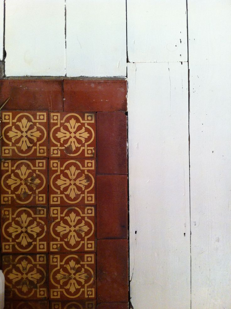 Painted floor and old Victorian #tiles