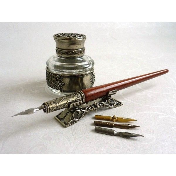 Wooden Calligraphy Dip Pen Inkwell Pen Holder