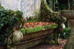 Seduta giardino. Villa Pisani Bolognesi Scalabrin (Vescovana - Padova) Italy  #Garden #giardinaggio #giardini #VillaPisaniBolognesiScalabrin #Tulipani #flower