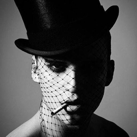 Friday morning inspiration! #tophat #blackandwhitephotography #facenet #fashionblogger #hautecouture #couture #cdgreene #highendfashion #womensfashion #fashion #fashionista #nyc #paris #cabaret