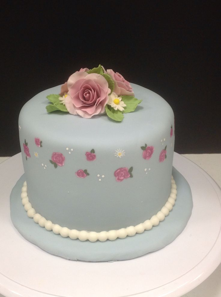 50 best Inspired by Wilton Cake Decorating images on Pinterest | Wilton cake decorating, Wilton ...