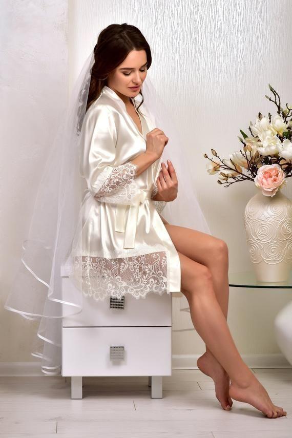 Elfenbein Braut Kimono Robe Hochzeit Satin Spitze Robe Braut Morgenmantel Kurze Roben Fur Frauen Geschenk Fur Tochter Braut Hochzeitsdessous Kimono Robe Und Geschenke Fur Frauen
