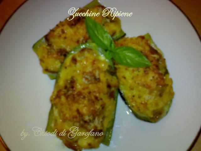 Zucchine Ripiene http://blog.giallozafferano.it/chiodidigarofano/zucchine-ripiene