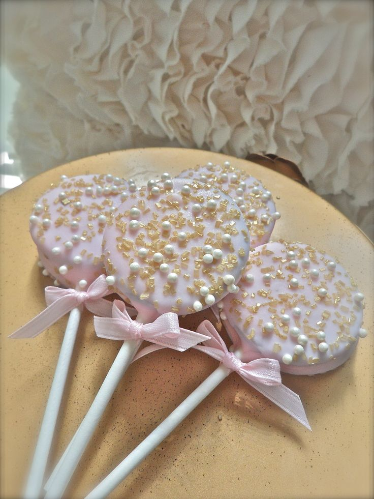 Edible Wedding Favors Chocolate Dipped Oreos Frost The Cake. $21.00, via Etsy.