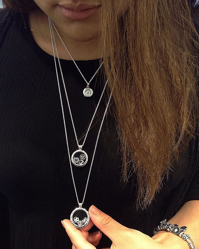 In love with our NEW Autumn Floating Lockets! They're made with Sapphire Crystal…