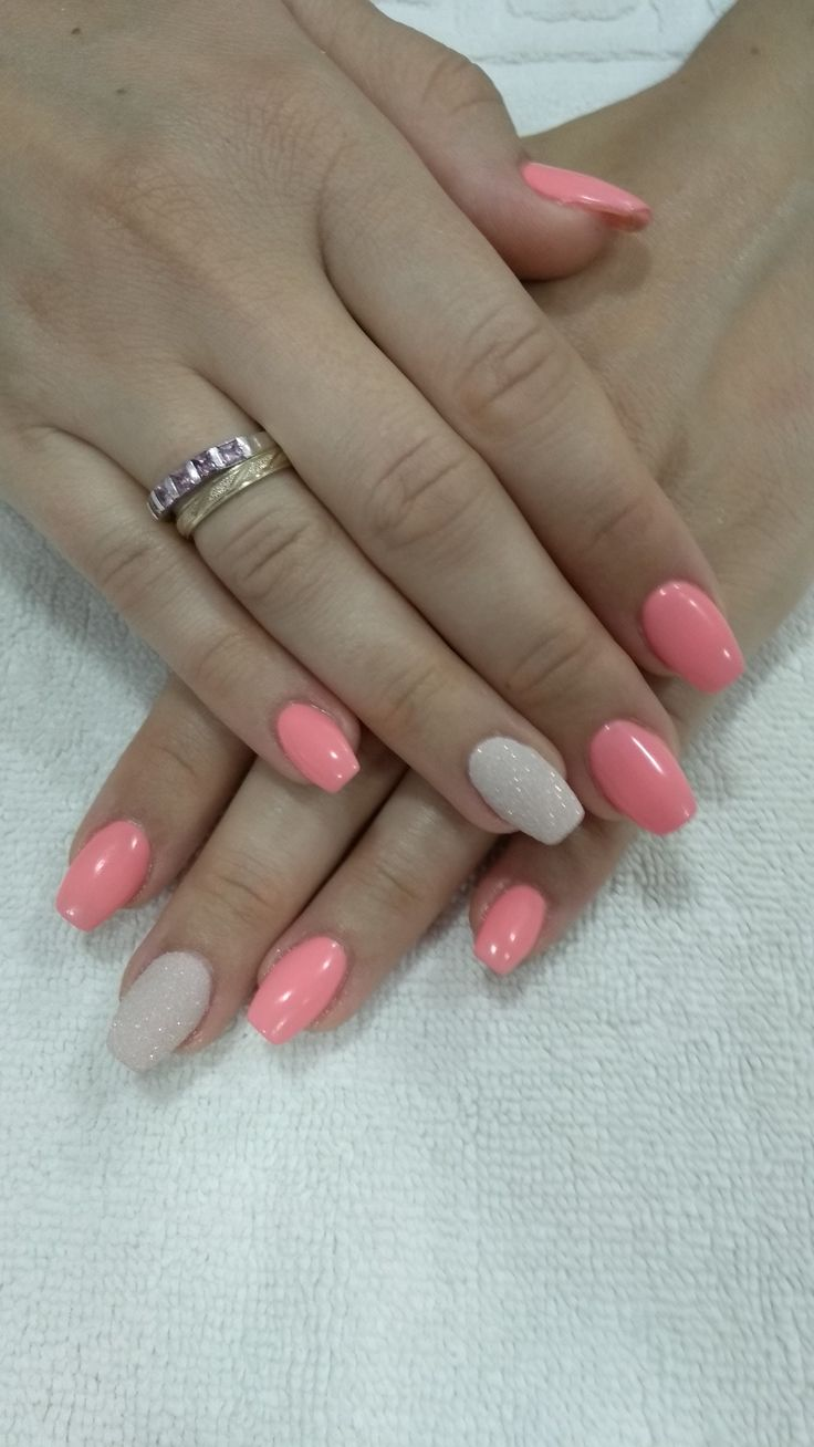 Coral nails! Summer nails! | Coral nails, Dipped nails ...