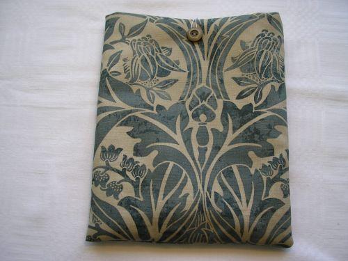 "Wm.Morris "" Bluebell"" i-pad cover.Handmade"