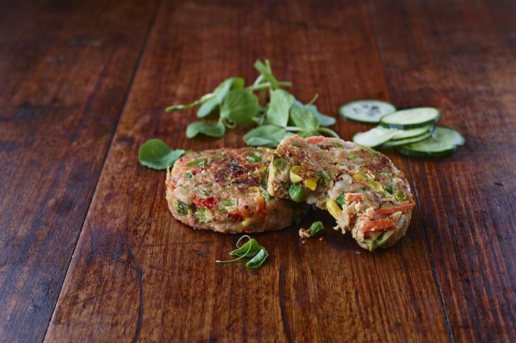 Colonial Farm - Vegetable Patties with Quinoa! A wholesome combination of vegetables, cannellini beans AND Quinoa.