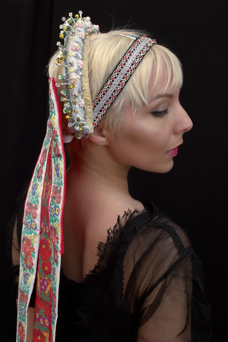 Slovak bridal headband with ribbons, pearls, beads.