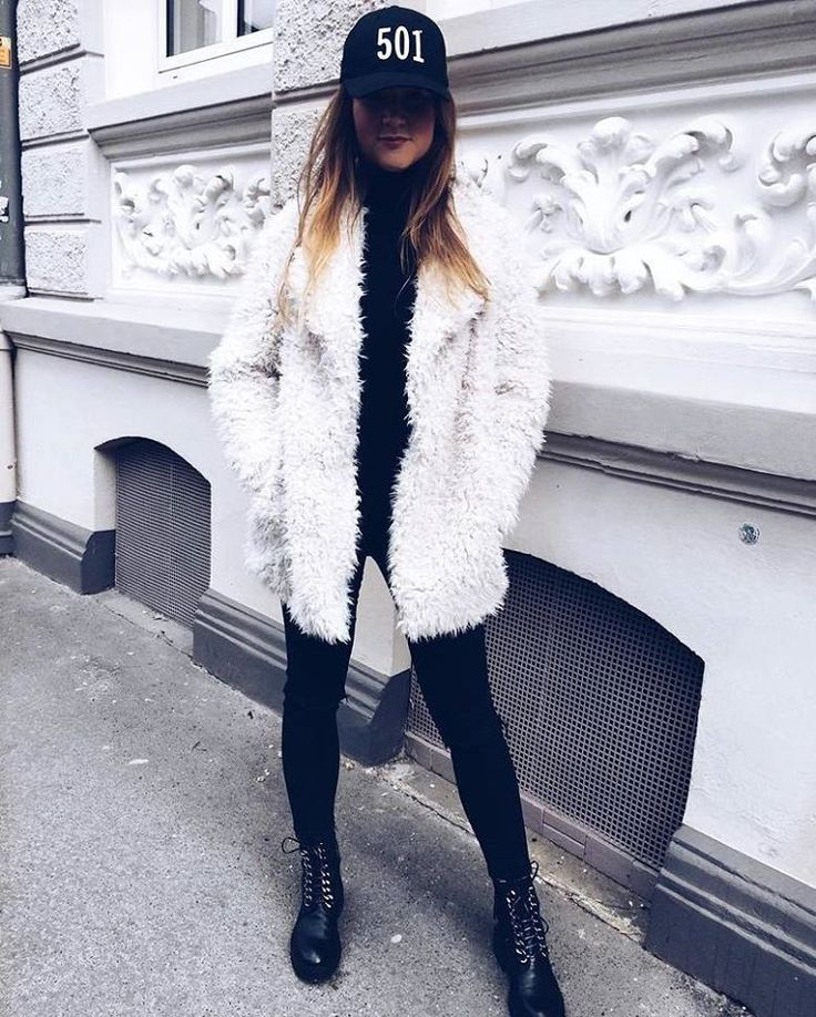 "116 curtidas, 3 comentários - German Street Fashion (@germanstreetfashion) no Instagram: ""@juliankaxxx #streetstyle #fashionblogger #ootd #instafashion #modeblogger #fashion #style…"""