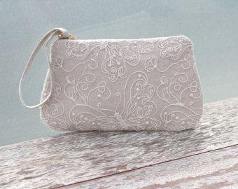 Artículos similares a arpillera encaje bolsa embrague conjunto 3 rústico color rosa opción bolsa monedero personalizar de Dama de honor fiesta etsy bolsa personalizada regalo de boda maquillaje en Etsy