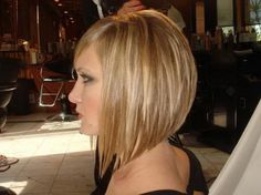 Stacked Bob Hairstyles Back View   Mots clés : tendance coiffure 2013 carre plongeant modele coiffure ...