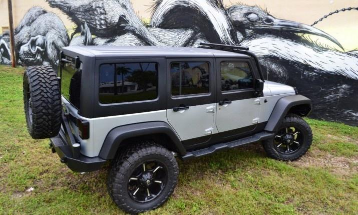 2 tone jeeps oiiiiiiio pinterest jeeps harvester. Black Bedroom Furniture Sets. Home Design Ideas