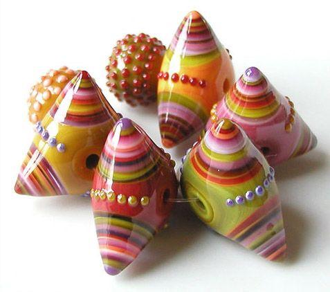 "Triple Toggle lampwork beads, soda lime glass, approx. 13x16mm = 16x31mm, 3/32"" hole | Artist: © Sarah Moran | via: z-beads.com/2011gallery1.html"