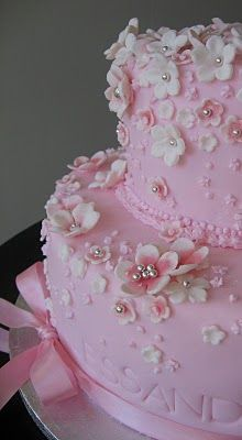 pretty pink blossom cake - for that special girl...: Cakes Ideas, Pink Cakes, Pretty Pink, Cakes Decor, Wedding Cakes, Eating Cakes, Flowers Cakes, Beautiful Cakes, Birthday Cakes