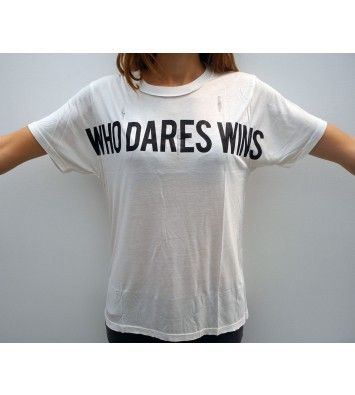 WHO DARES WINS by filles a papa